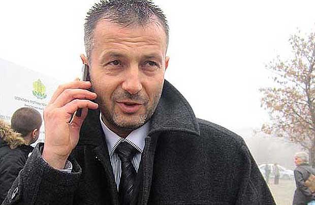 Андон Тодоров - Зеления прочул се с това че си иска парите дарени за кръст и Пирин -Благоевград!